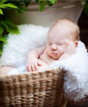 Evolutia bebelusului pana la 6 luni