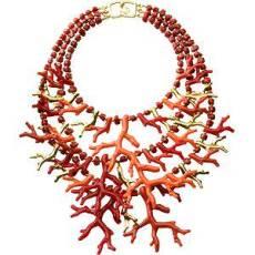colier din coral rosu